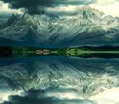 Как в Photoshop сделать отражение в воде .